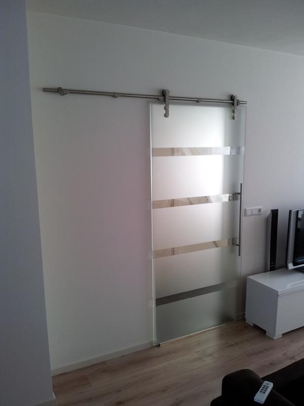 Bas Timmers - uw glasspecialist: Hardglazen deuren, wanden, puien ...